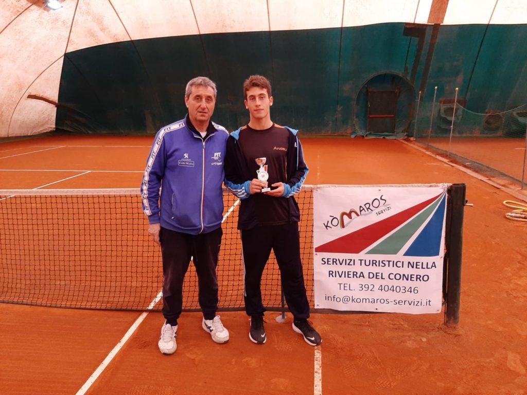 Alessandro Callegari vincitore tabellone 3^ cat. all'Open di Ancona